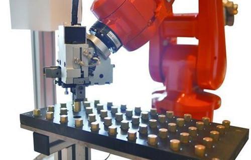 工业机器人在印制电路板行业的3大应用案例