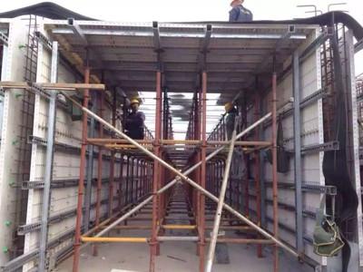 yjzd-qg351a-广东轻钢结构别墅夹层液压冲孔机